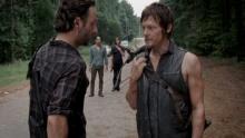 Ходячие мертвецы (The Walking Dead). Сезон 3. Серия 9 смотреть на Tvigle.ru