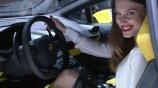 New Lamborghini Huracan and a hot italian girl смотреть на Tvigle.ru