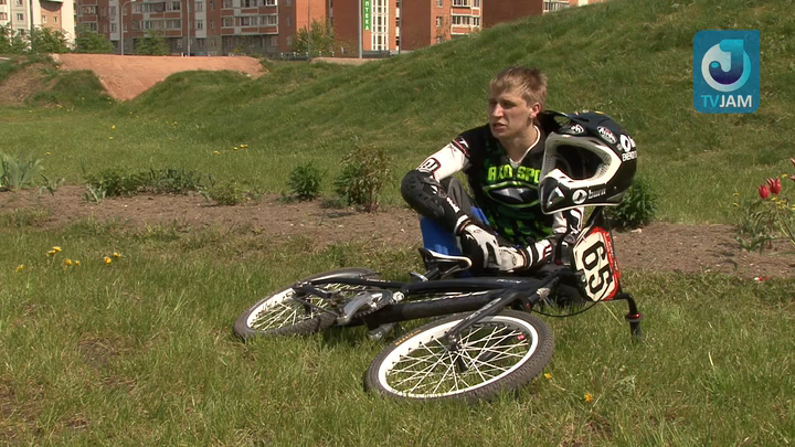 BMX Racing смотреть на Tvigle.ru