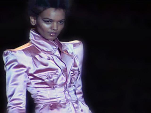 Один из самых элегантных и сексуальных дизайнеров прославился, работая
