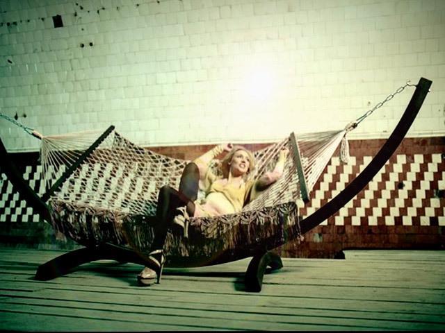 Видеоклип Кристины Орбакайте на песню Солнце .
