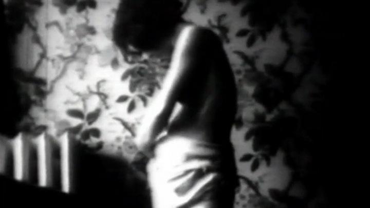 frantsuzskaya-erotika-v-teatre-video-onlayn
